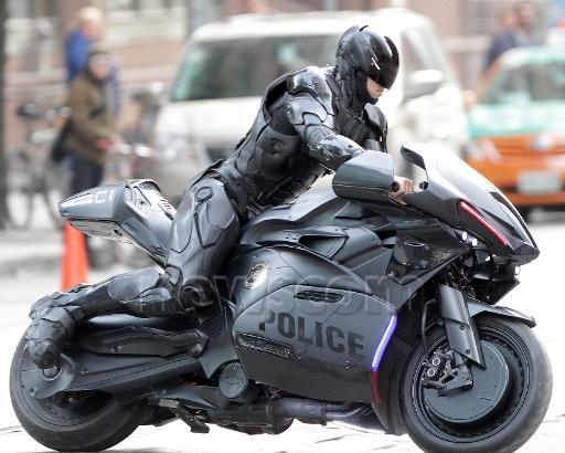 ロボコップ バイク